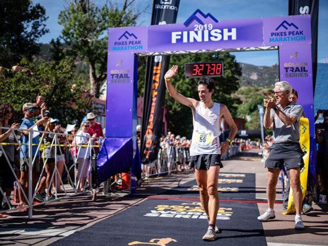 Pikes Peak Marathon 2019 Kilian Jornet vince, Maude Mathys fissa il nuovo record