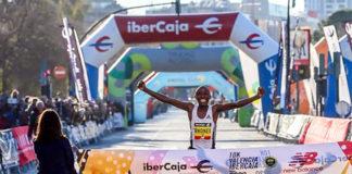 Kipruto e Chepkirui battono i record mondiali di corsa su strada 10 km a Valencia